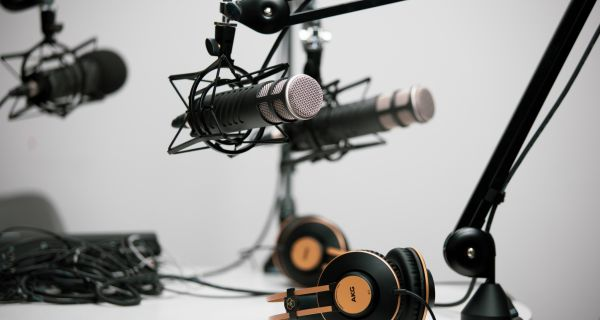 UK podcast listeners willing to pay for premium content for the first time